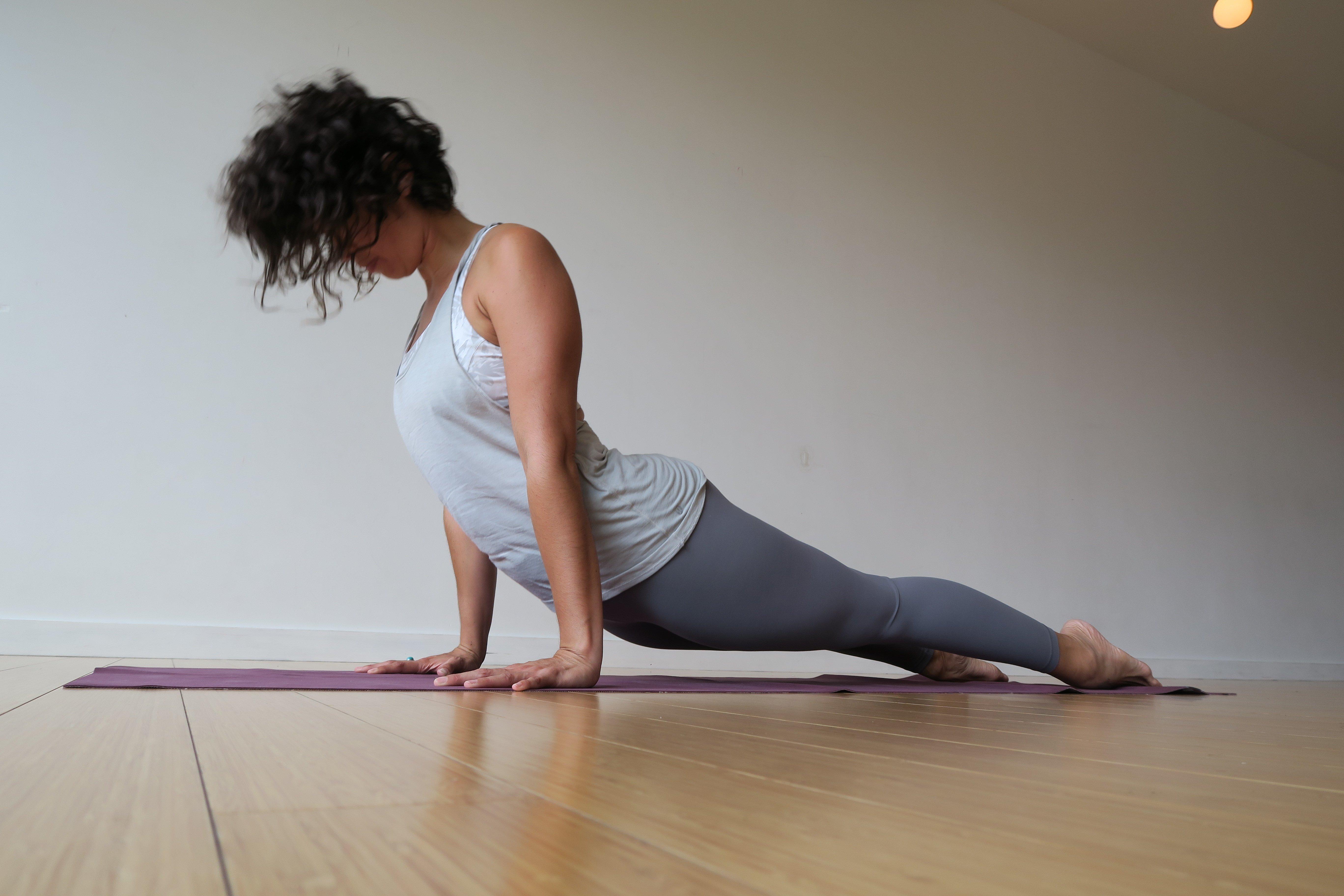 Vinyasa yoga asana