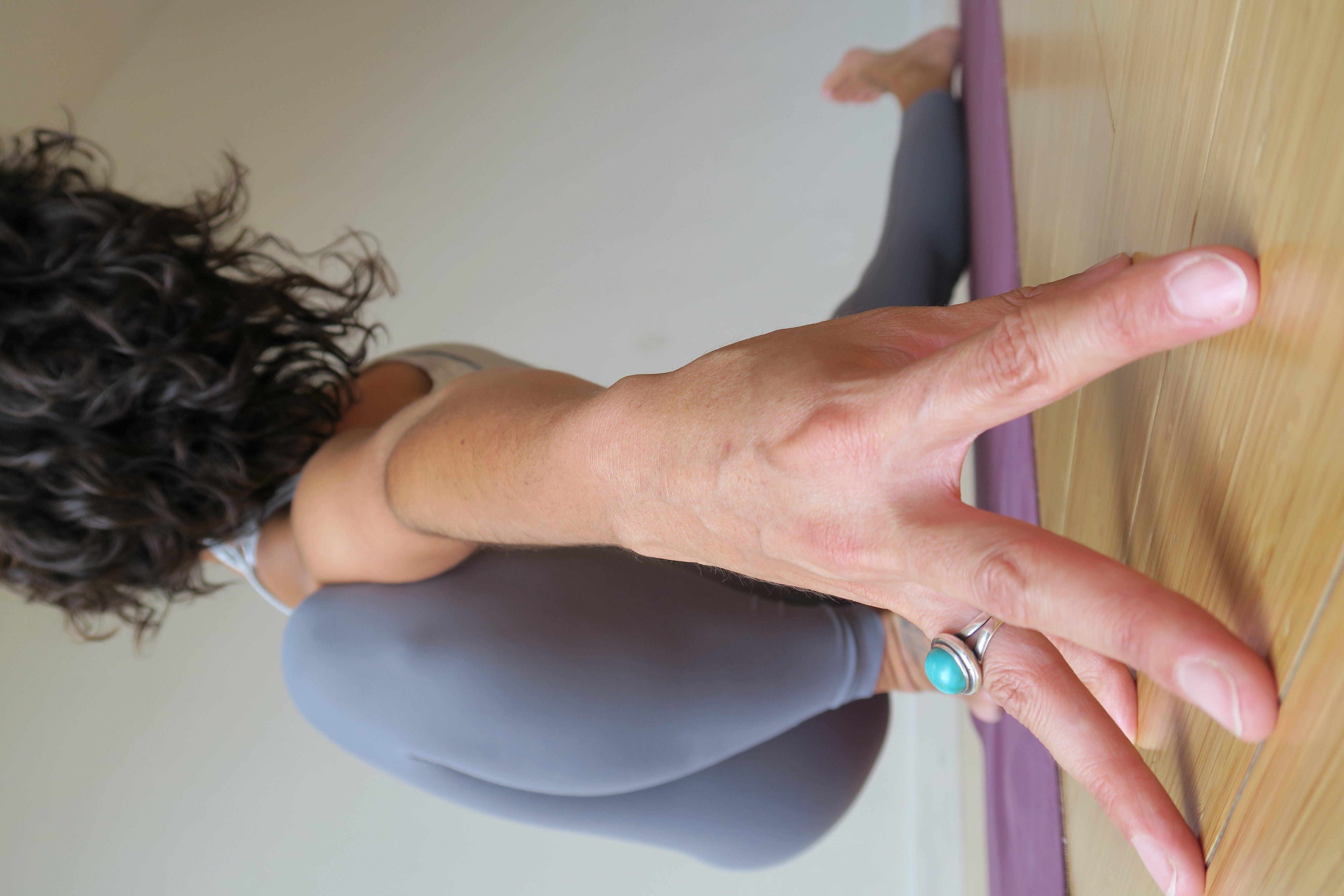 Clara Roberts Oss vinyasa yoga