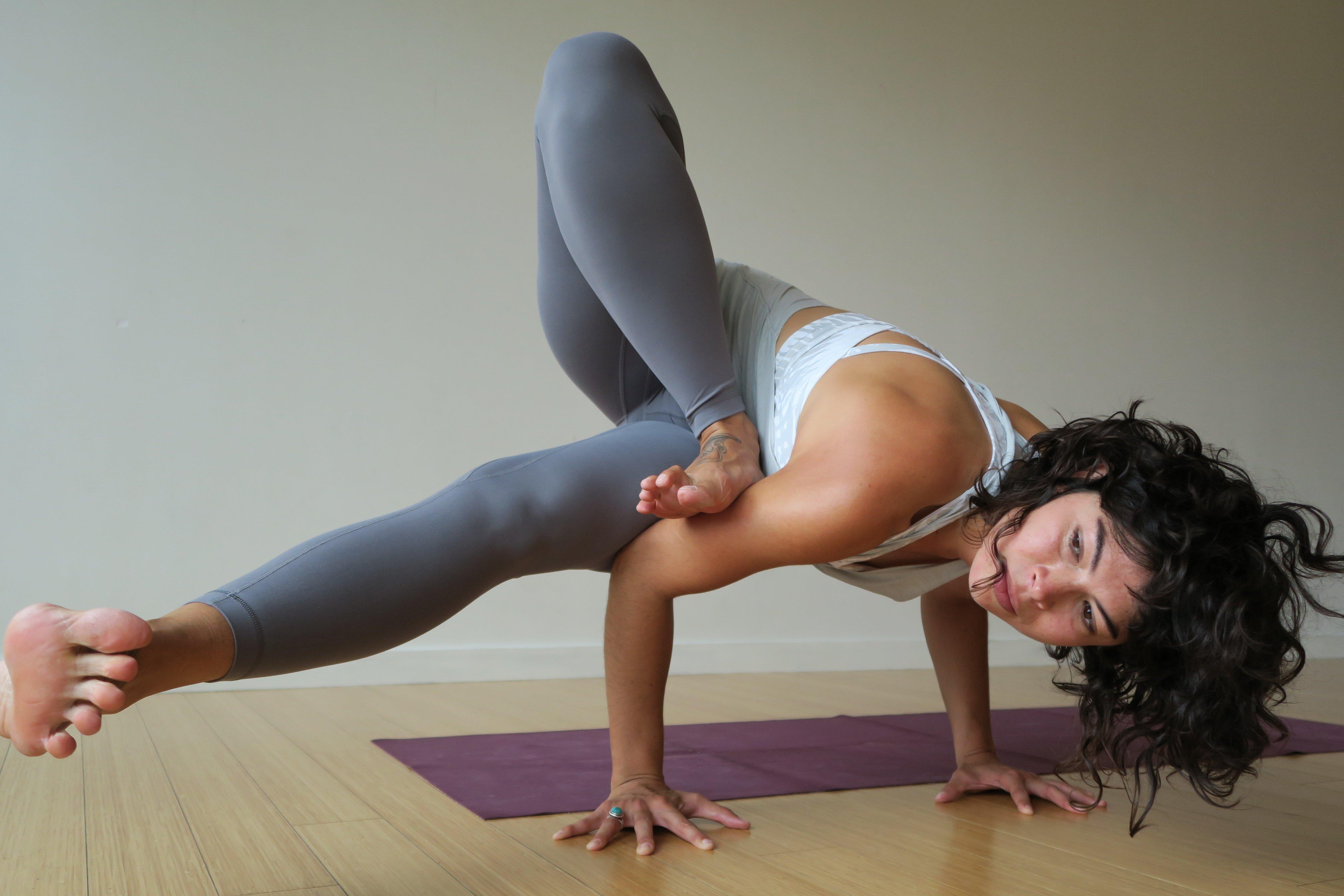 Clara Roberts Oss yoga gallery