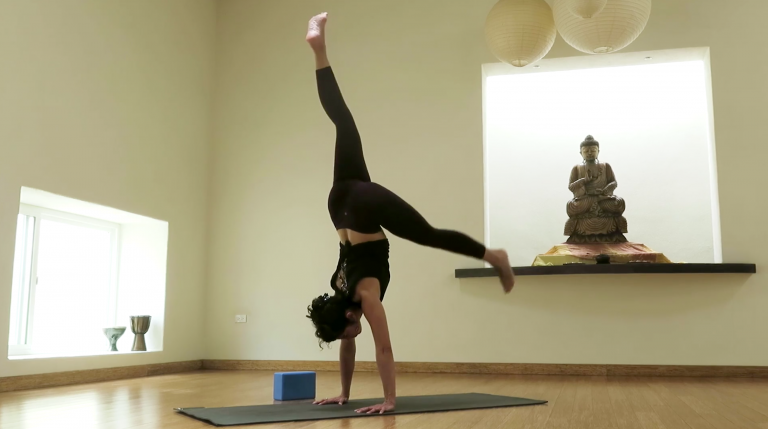 vinyasa yoga stand on your hands